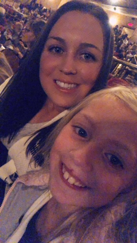 BeFreeMySheeple Anna and Madison