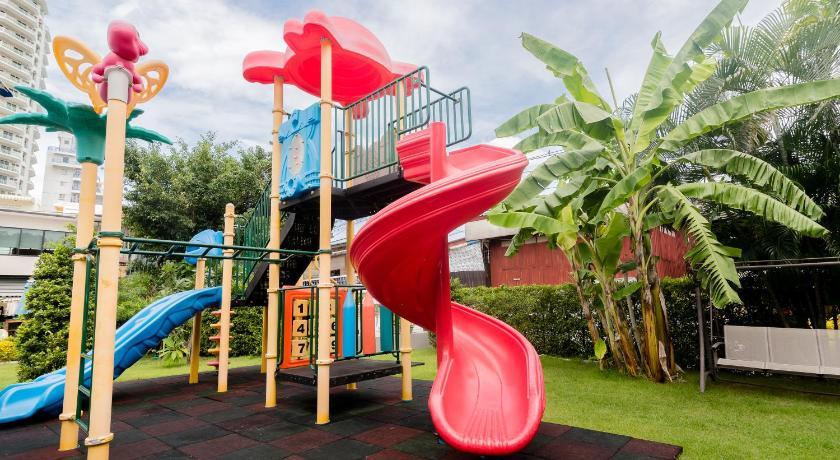 Surf & Sand Resort Playground